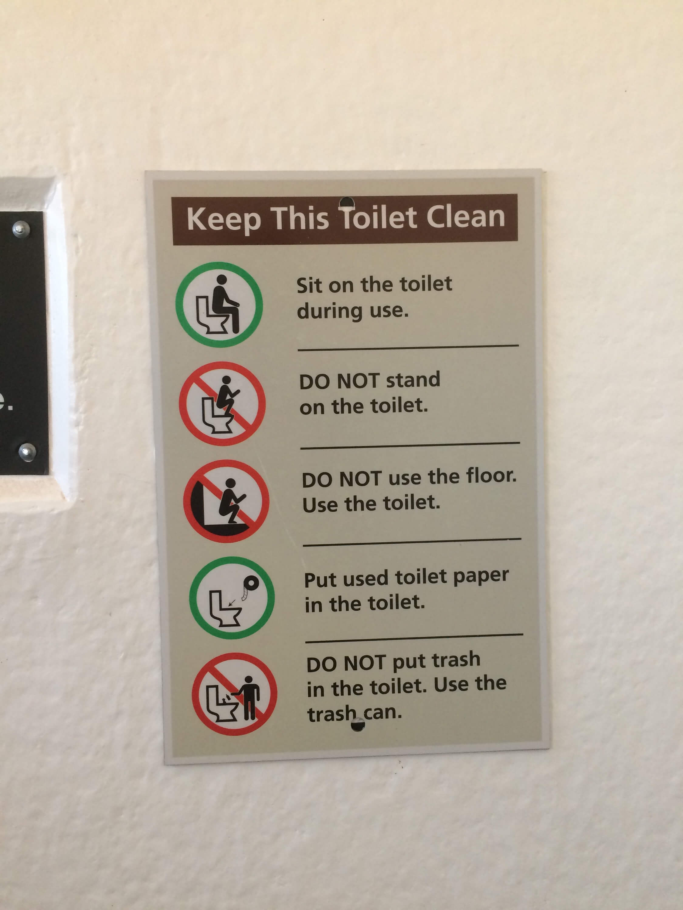 How Three Tourist Destinations Are Handling The Toilet