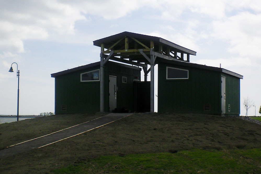 Pavilion at Buffalo Harbor State Park